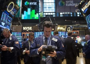 Trader a Wall Street. REUTERS/Brendan McDermid