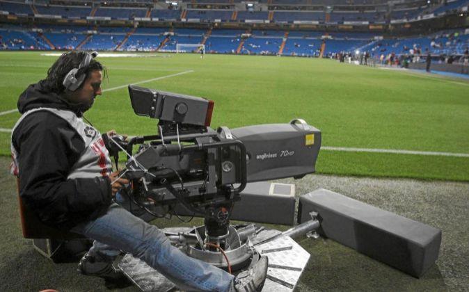 Desactivada una red de piratería internacional con contenidos de fútbol