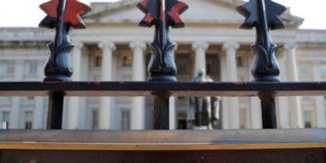 La sede del Departamento del Tesoro de EEUU en Washington, foto tomada el 6 de agosto de 2018. REUTERS/Brian Snyder